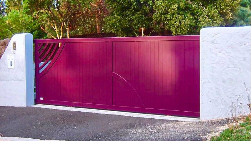 portail-coulissant-taussat-prune