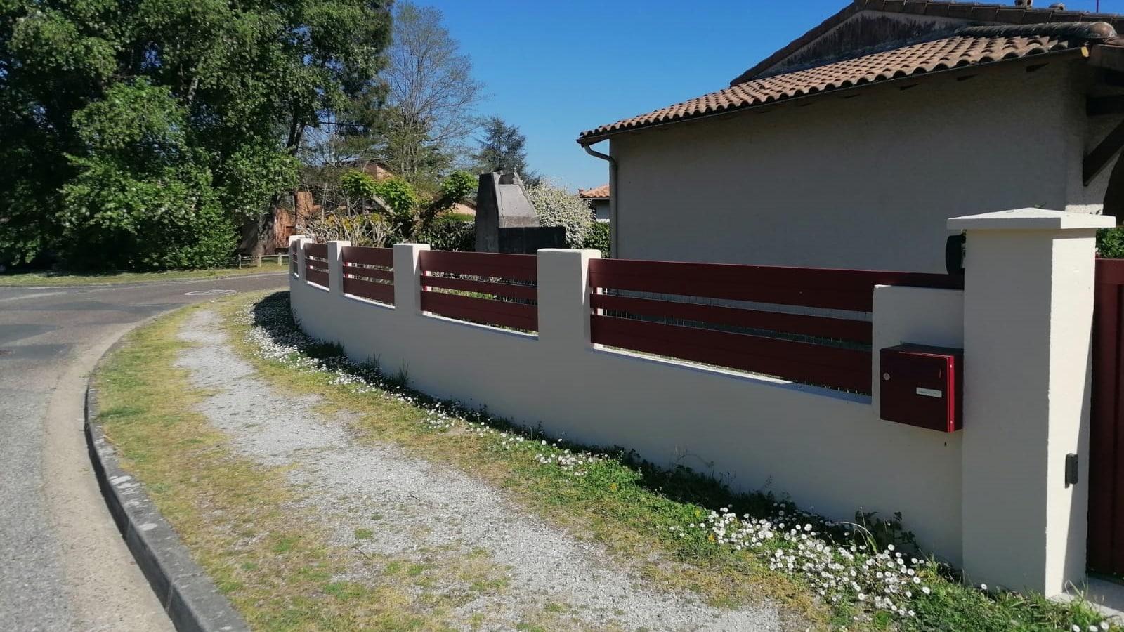 Cloture-lames-180-90-rouge